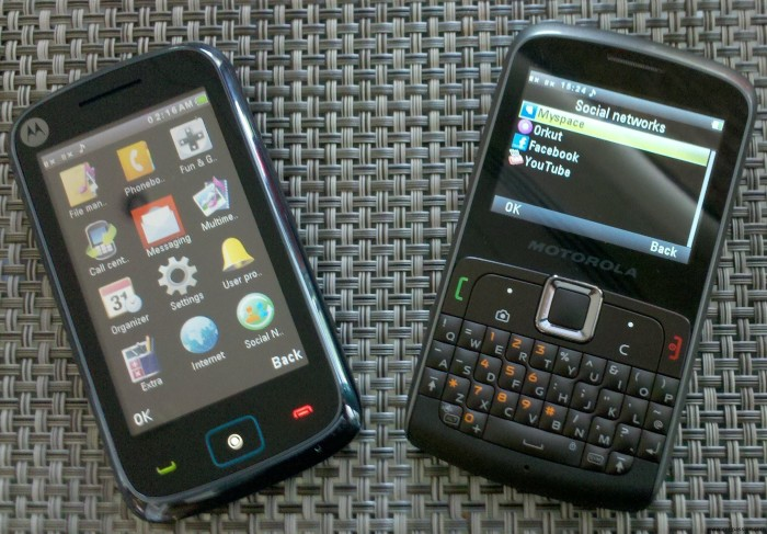 motorola dual sim phones